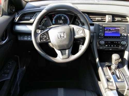 Honda Civic 1.0 Turbo Comfort automat