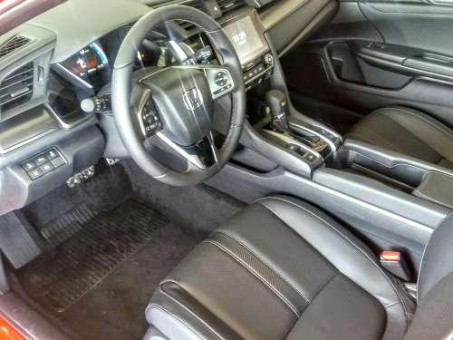 Honda Civic 1.5 Turbo Prestige automat