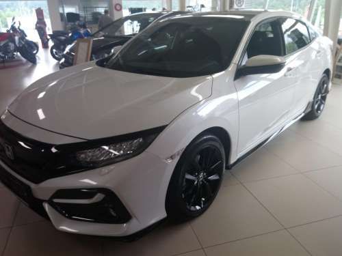 Honda Civic 1,5 VTEC Turbo MT Sport Plus  (2x)