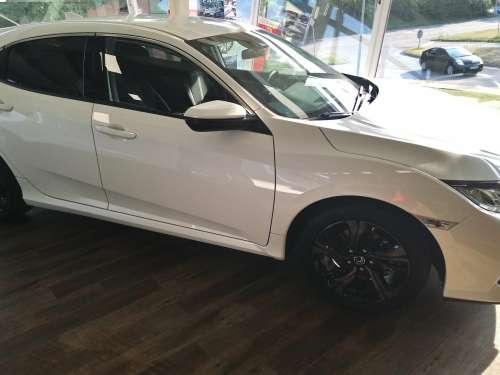 Honda  Civic 1,6i-DTEC Elegance -Nový Diesel !