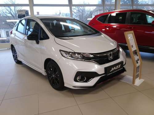 Honda Jazz 1,5i-VTEC Dynamic MT Navi