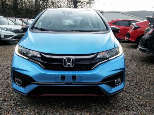 Honda Jazz 1.5i-VTEC Dynamic MT