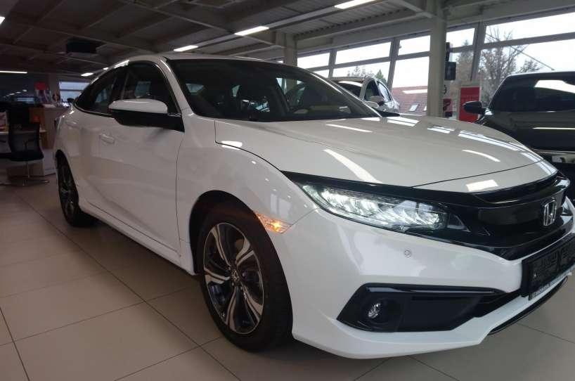 Honda Civic 1,5 T Elegance MT sedan 2020